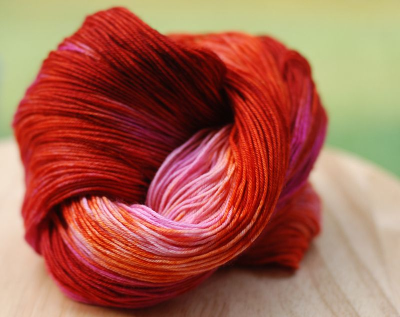 Orange_Honeysuckle_burnt_orange_pink_navarre_sock_yarn_indie_dyer_springtree_road_top_down_magic_loop_toe_up_sock_knitting_crochet_fingering_weight_005
